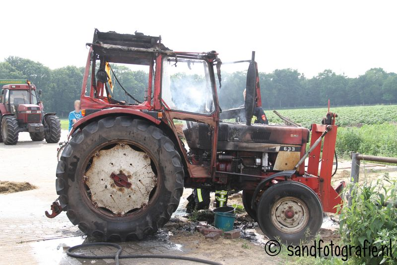 Tracktor in brand